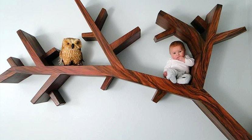 Kệ sách nhánh cây chắc chắn trẻ em có thể ngồi được
