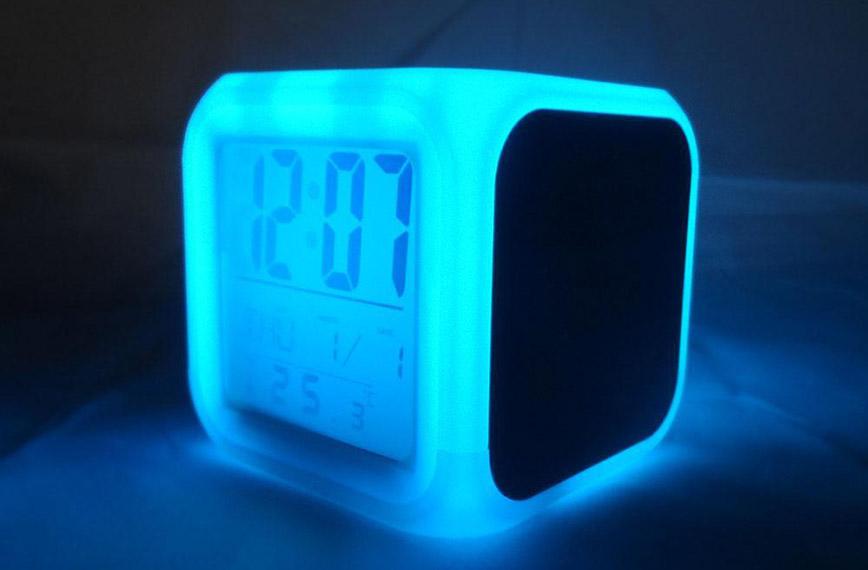 Đồng hồ led phòng ngủ