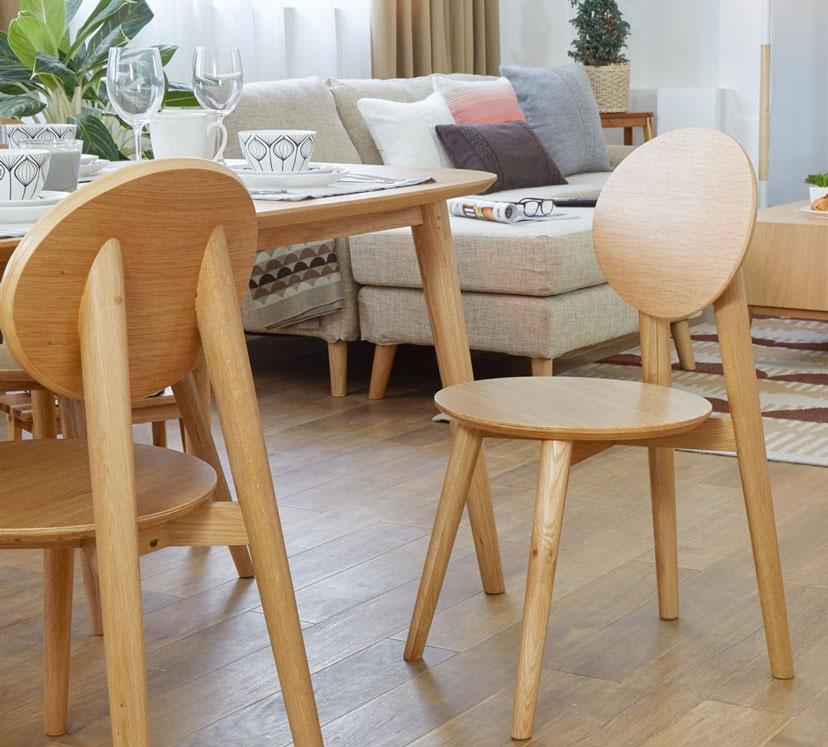 Bộ bàn ghế ăn làm từ gỗ sồi thiên nhiên nhập khẩu