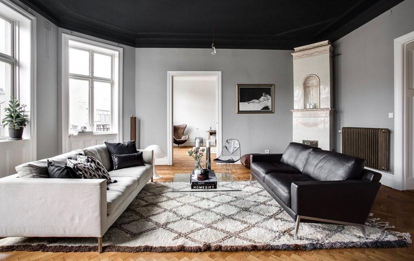 làm mới nhà bằng cách thay thảm phòng khách mới