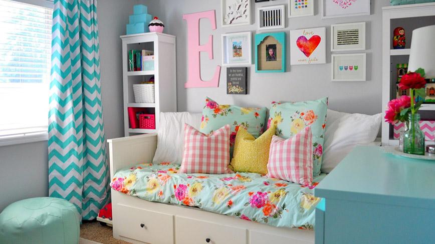 Đồ nội thất thông minh với nhiều chức năng. Sofa giường, bàn liền ghế có thể xếp gọn, giường có ngăn kéo...