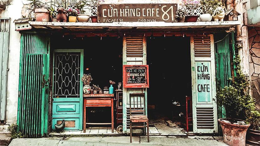 Bảng hiệu cà phê mang phong cách rất chi hoài cổ