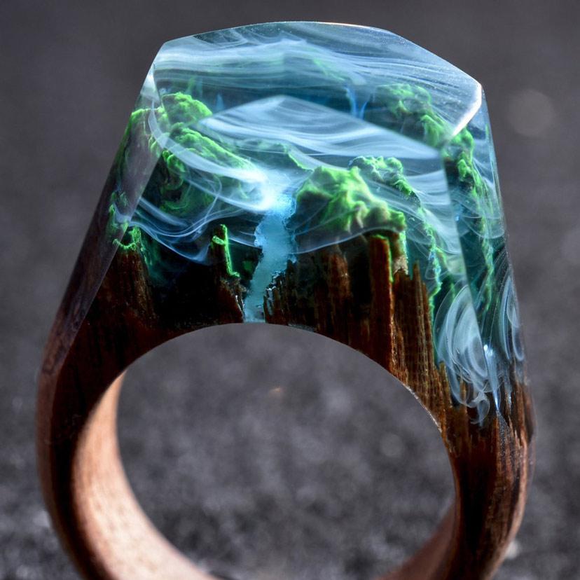 Nhẫn resin gỗ tự làm - cảnh rừng nhiệt đới sương mù