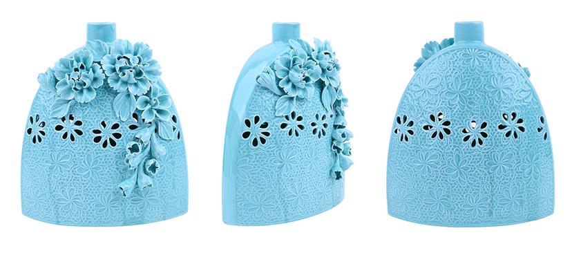 Lọ đựng hoa bằng sứ xanh đẹp có họa tiết nổi tinh xảo