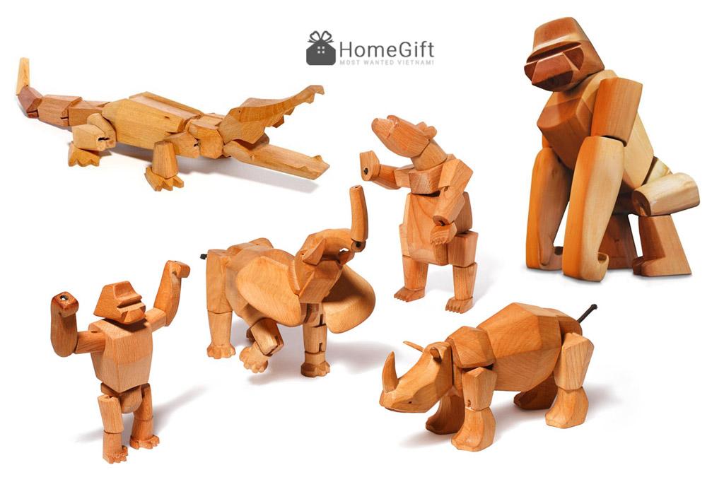 Đồ chơi gỗ mô phỏng các con thú trong tự nhiên