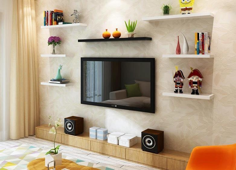 Kết hợp nhiều thanh kệ khác nhau để trang trí cho phòng khách hiện đại