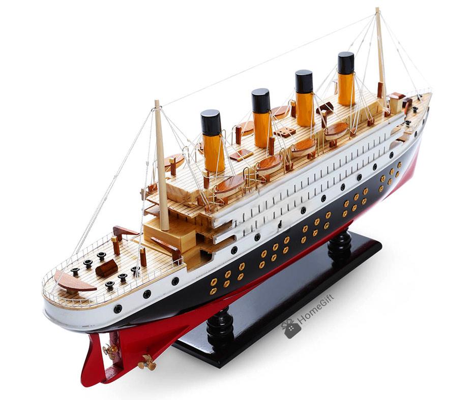 Mô hình tàu Titanic nổi tiếng