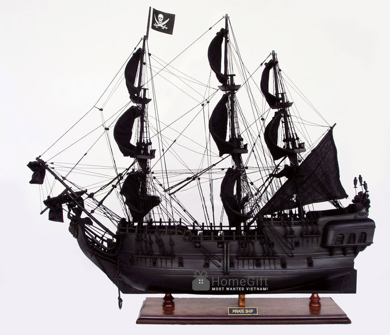 Mô hình tàu ngọc trai đen,mô phỏng con tàu cướp biển huyền thoại.