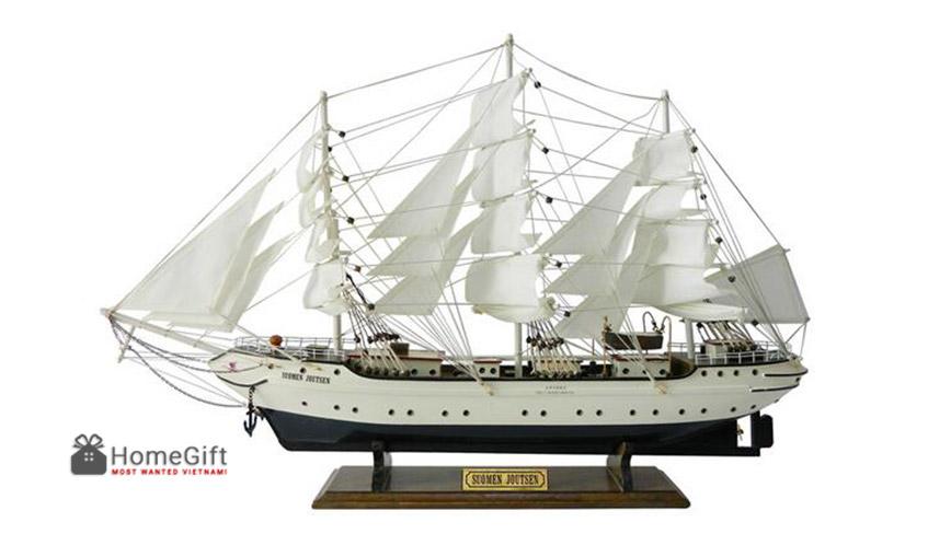 Mô hình du thuyền buồm hiện đại