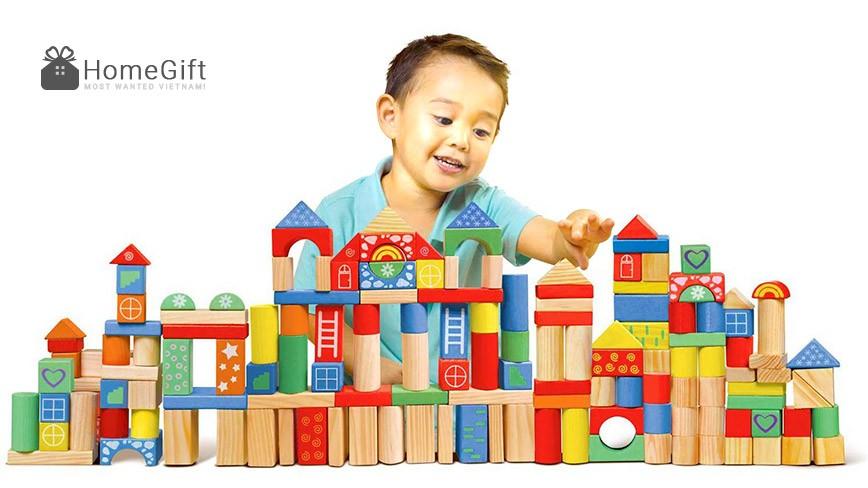 Cách chọn những loại đồ chơi gỗ thông minh phù hợp theo tuổi cho bé.